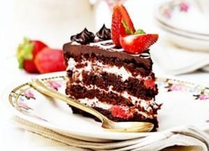 Треугольное шоколадное пирожное по мотивам пирожного из фетра