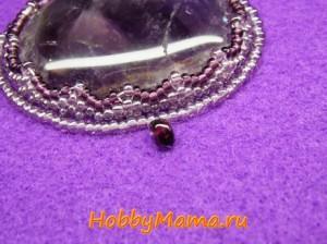 Вышивка кабошона полудрагоценными камнями