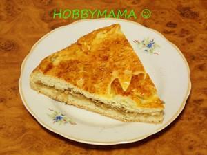 Пирог с кислой капустой на скорую руку